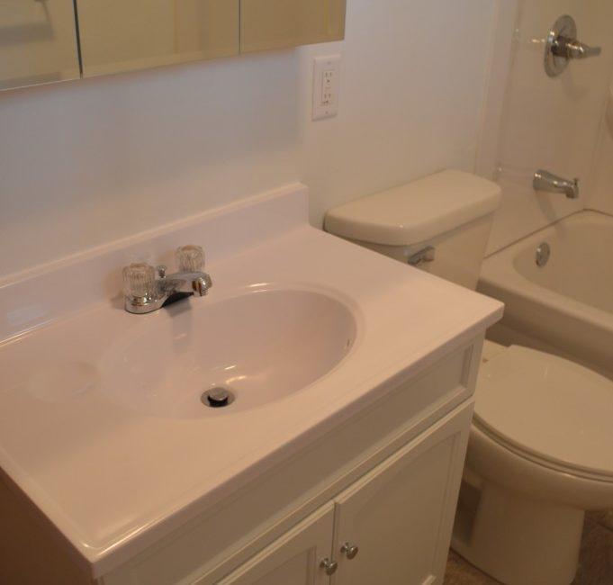210#9 bathroom