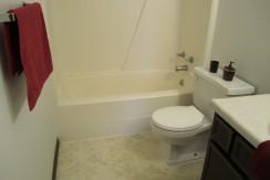 Glendoyle - Bathroom (2)