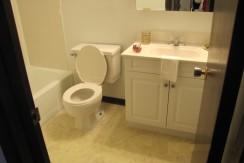 Monarch Estates - Bathroom