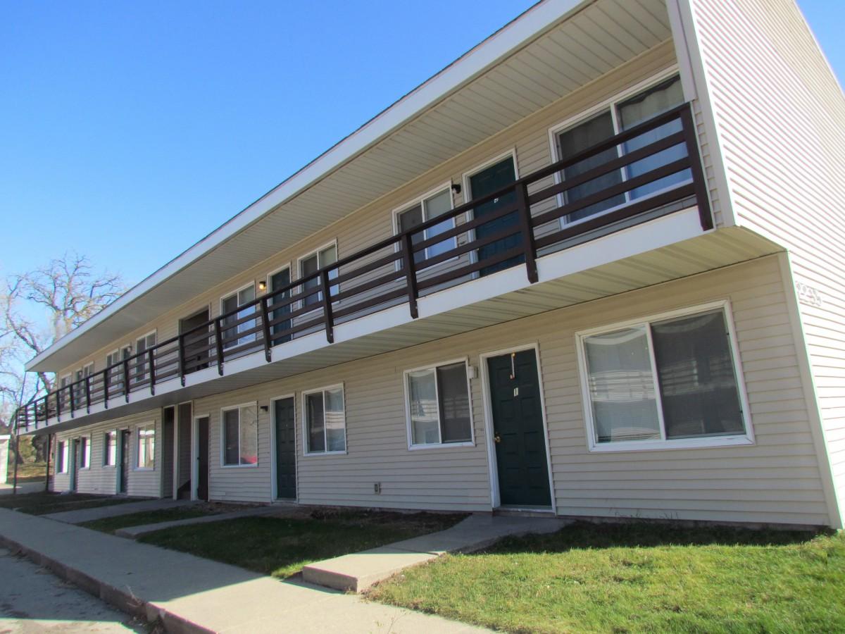 Monarch Estates Apartments
